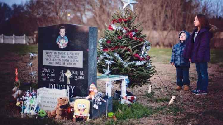 Evan J Dudley's Grave