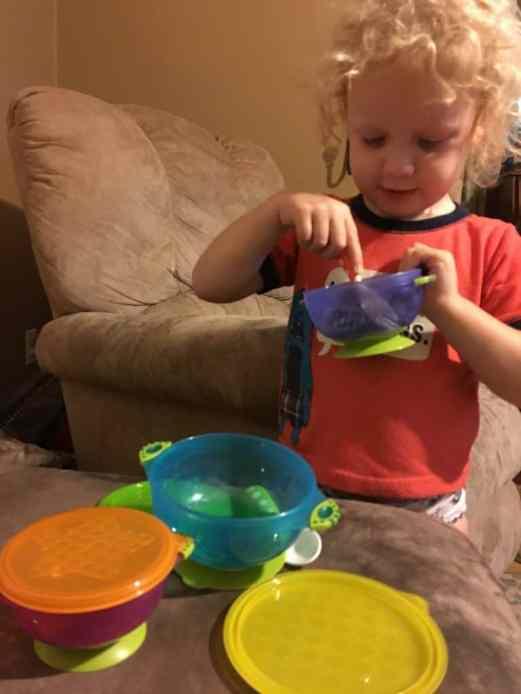 Messy Toddler Activities at idyllicpursuit.com
