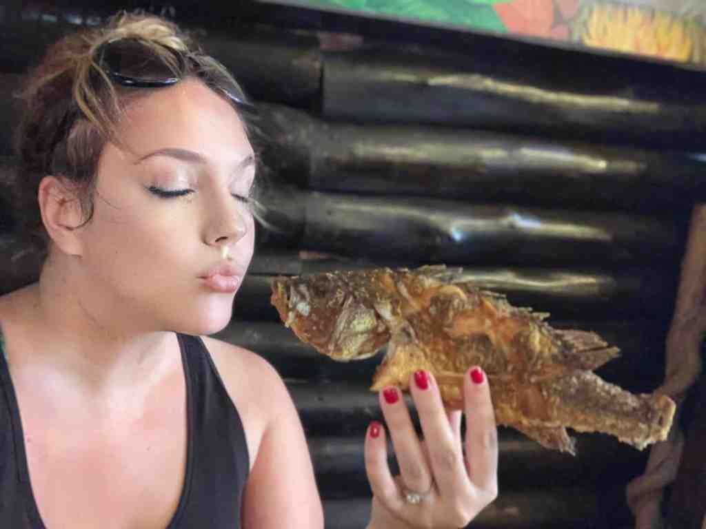 Photos of the Amazon: eating fish in Leticia, Amazonas, Colombia