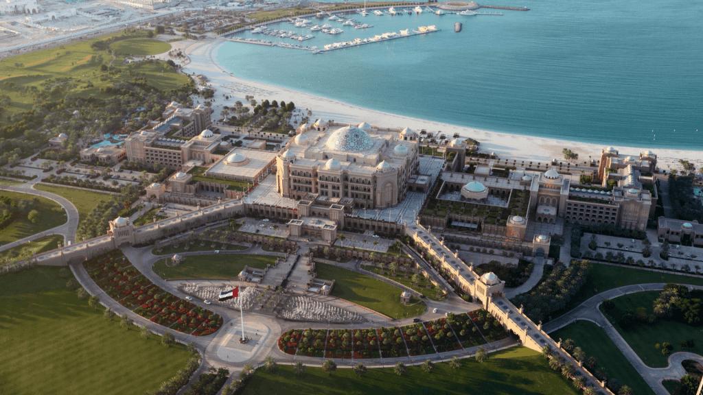 20 photos to inspire you to visit Abu Dhabi - Emirates Palace
