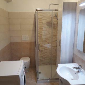 Ristrutturazione di un bagno in Aprilia