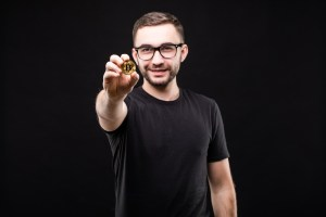 How To Start Bitcoin Mining Without Investing Gigantic Resources?