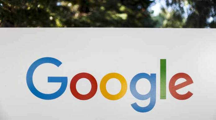 Google Search bar on iPhone Costs google $1 Billion Dollars yearly