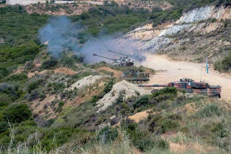 297958 iefimerida - Άσκηση της 1ης Στρατιάς - Δείτε εντυπωσιακές εικόνες.