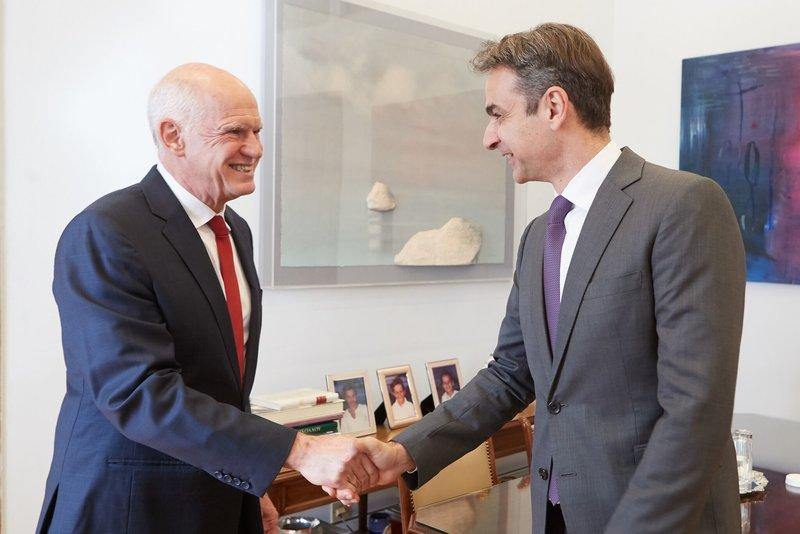 Ο Γιώργος Παπανδρέου με τον πρόεδρο της ΝΔ, Κυριάκο Μητσοτάκη