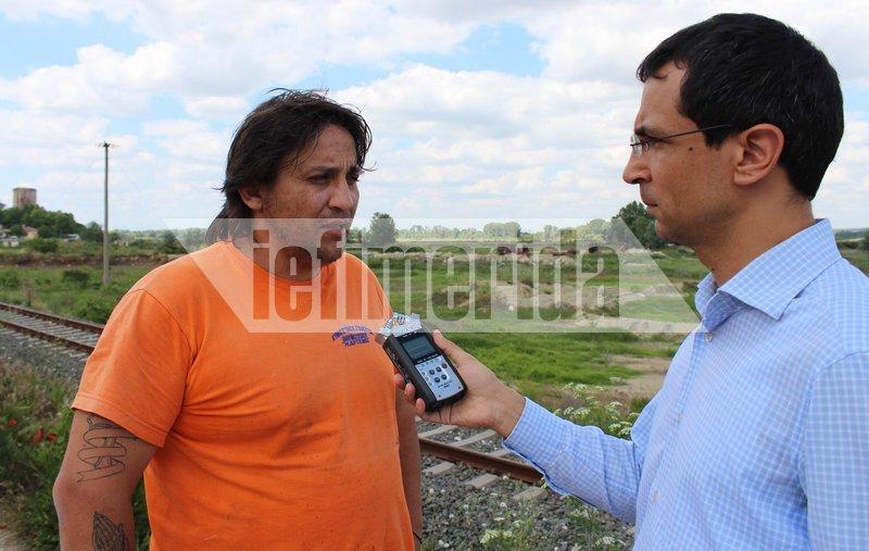 Ο πρόεδρος της Τοπικής Κοινότητας Πυθίου Χάρης Θεοχαρίδης με τον συντάκτη του iefimerida Ιάσονα Πιπίνη.