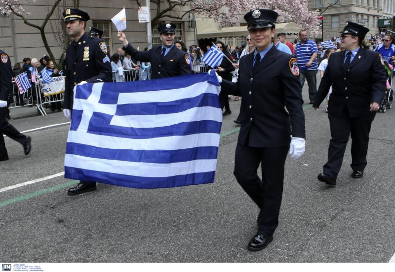 "PARELASI-SIMAIA-STOLES ""Μακεδονία ξακουστή"" ήχησε στην 5η Λεωφόρο του Μανχάταν"