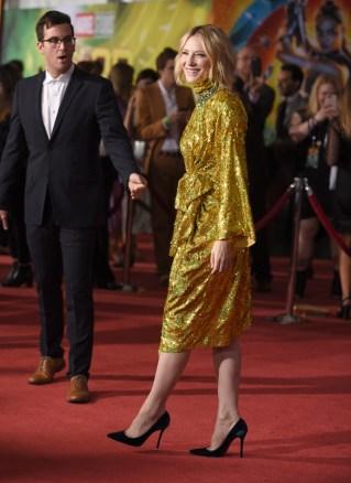 Αποτέλεσμα εικόνας για κέιτ μπλάνσετ χρυσο φορεμα