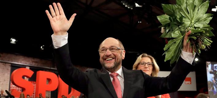 Μάρτιν Σουλτς: Παμφηφεί ηγέτης του SPD – Κοινωνική ατζέντα για τη Γερμανία και μήνυμα στον Ερντρογάν