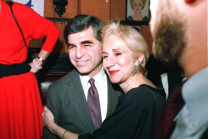 Η Ολυμπία Δουκάκη με τον ξάδερφό της και υποψήφιο των Δημοκρατικών, Μάικλ Δουκάκης