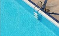 piscină curată
