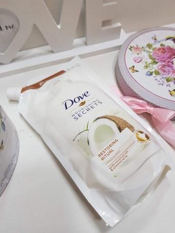 Dove Nourishing Secrets Restoring Ritual sapun lichid Notino