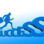 Tener un máster, uno de los requisitos de un buen currículum directivo