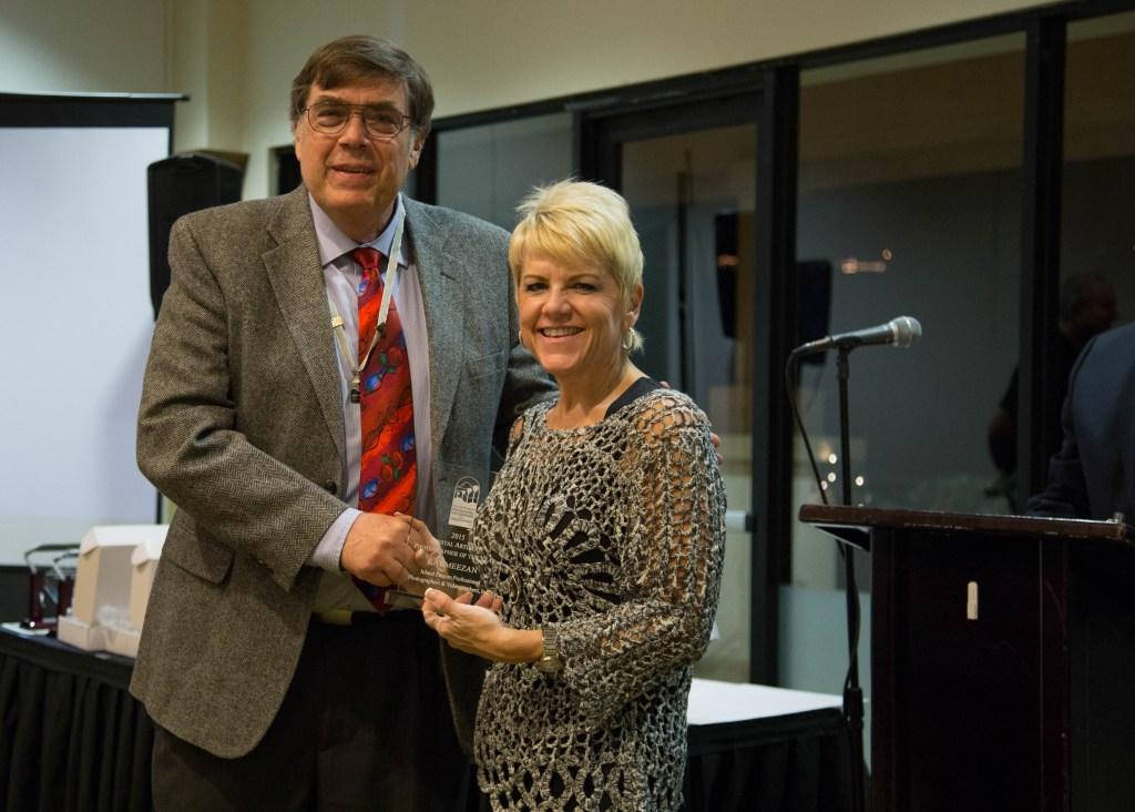 Bruce presents the Digital Artist award to Kat Meezan