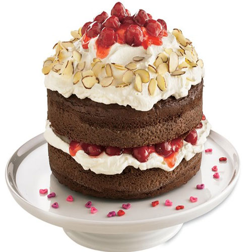 Black Forest Magic!!, 3 awesome black forest desserts,  desserts,  holiday season,  black cherries,  chocolate,  cream,  black forest magic,  recipes,  black forest desserts recipes,  white chocolate black forest cake,  black forest cheesecake,  black forest gateau