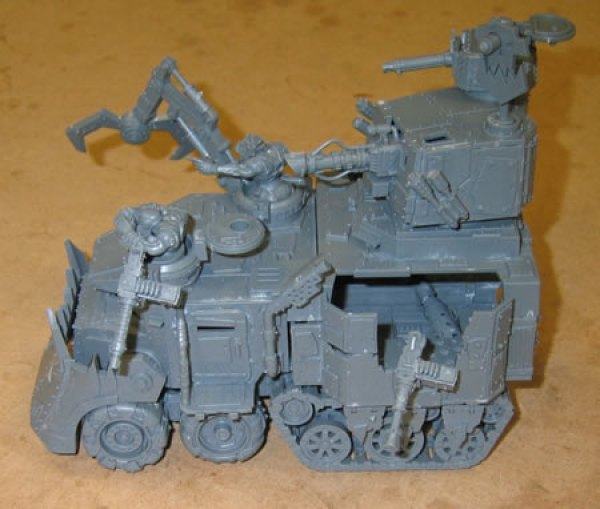 More pictures of the Ork Battlewagon