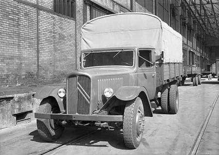 Citroen Civilian 4,500kg Truck with Canopy