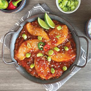 AVO Sweet Chilli Butchers' Sauce on sliced Chicken Breast
