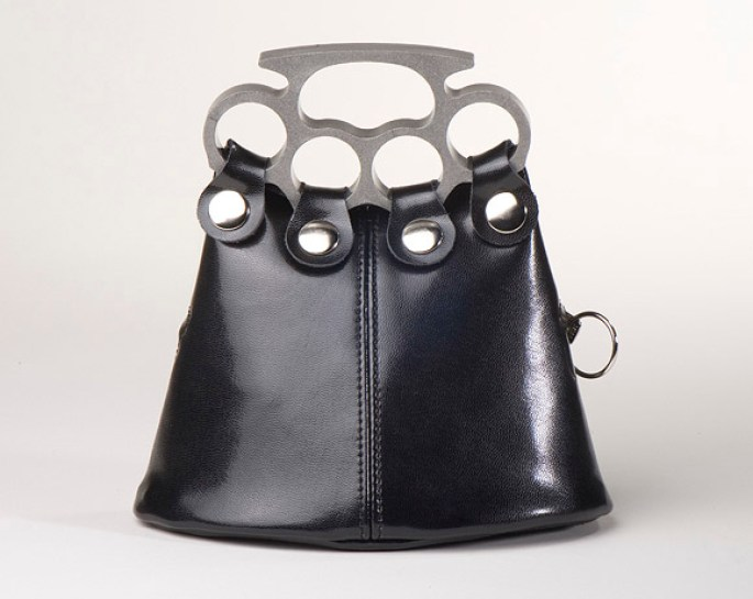 peacekeeper 400 brass knuckle purse
