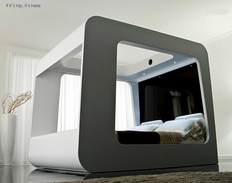 The Hi Can A High Fidelity Canopy Multimedia Bed If It: short canopy bed