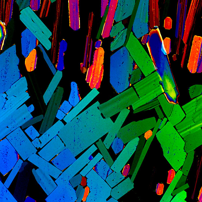 Read more about the article The Beauty Of Booze: Alcohol Molecules As Art