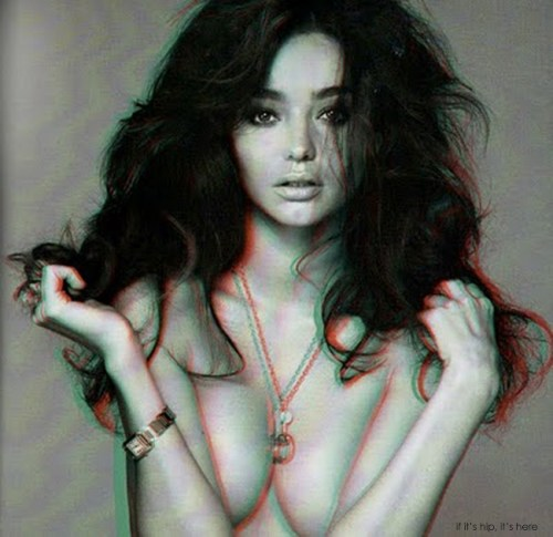 Read more about the article Steven Meisel Shoots A Sexy Miranda Kerr in 3D for Vogue Italia
