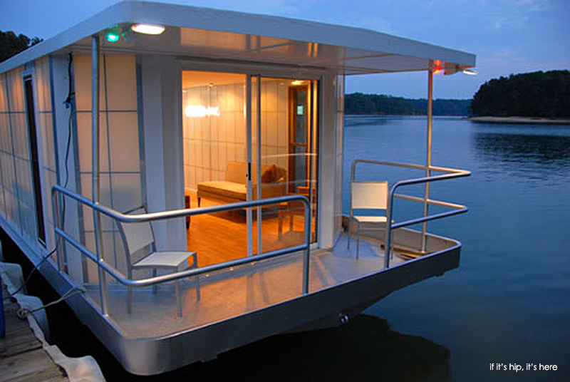The MetroShip. A Modern Luxury Houseboat For $250k. - if ...