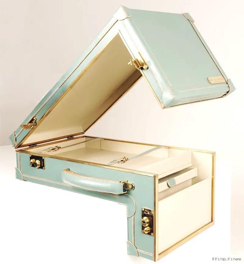 sarah+williams+Suitcase+1+iihih