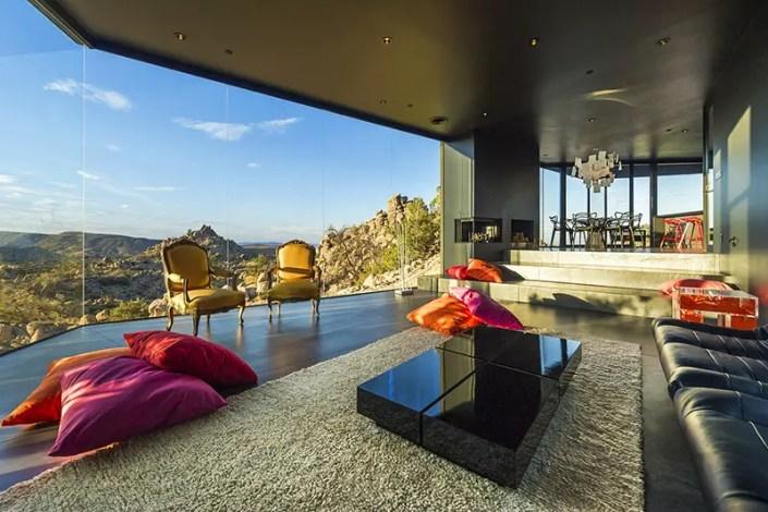 The Black Desert House by Marc Atlan