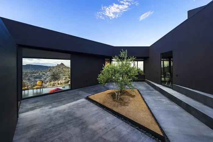 mojave desert the black house