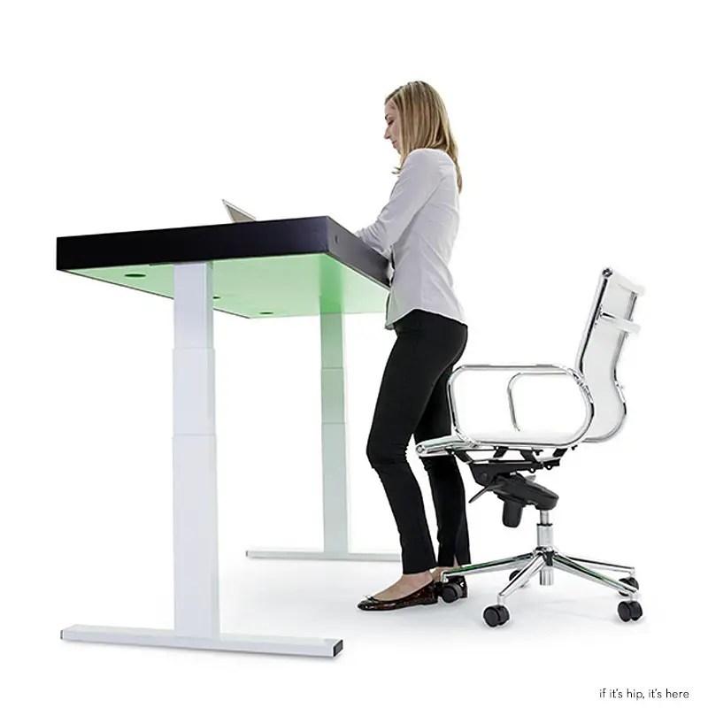 Stir Kinetic Desk 1 IIHIH