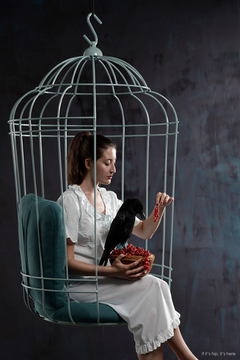 The Cageling Designed By Tineke Beunders And Nathan Wierink Of Ontwerpduo  Is A Hanging Chair For People That Closely Resembles A Birdcage.