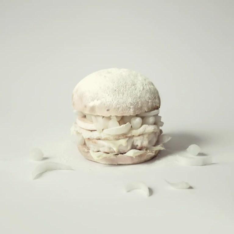 Burger Blanc sur Fond Blanc.