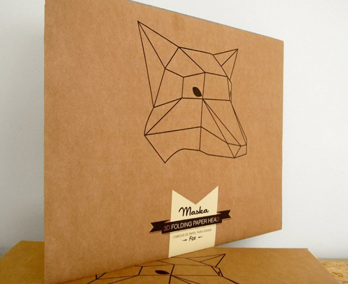 Mask packaging for soroche labs