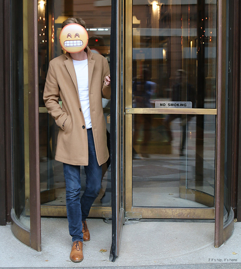 emoji mask revolving door & Put Your Best Online Face Forward For Halloween With Emoji Masks ...