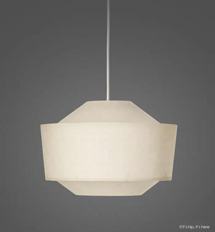 loena lantern wide day grey bkgd IIHIH
