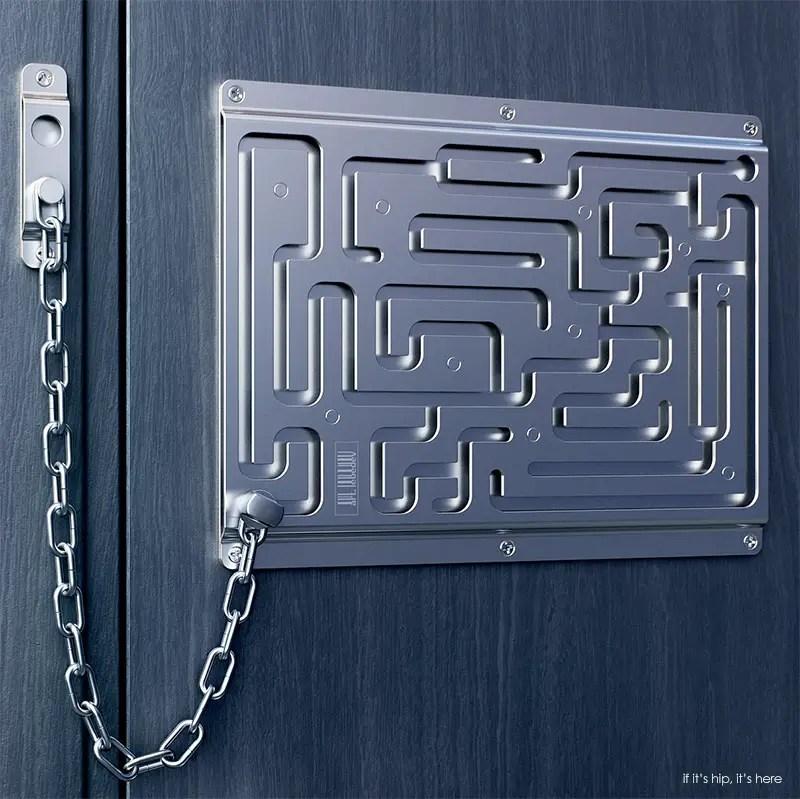 Banham Door Chain & Banham M2002 British Standard Lock