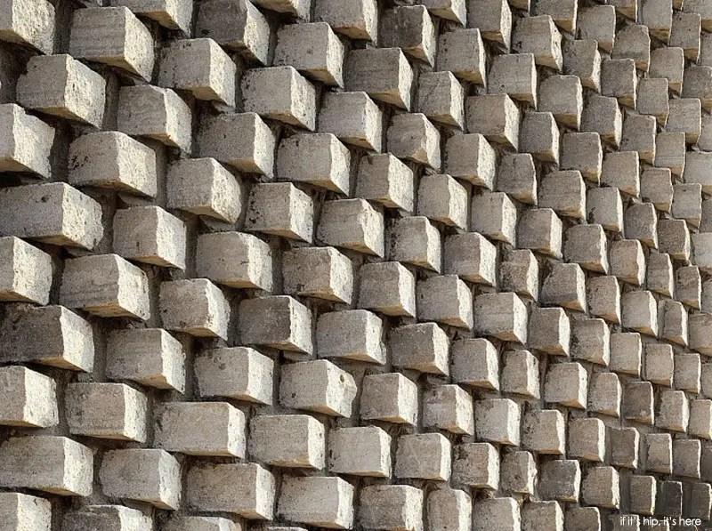 pixel house where bricks = pixels