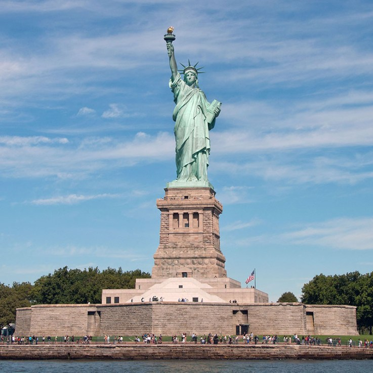 As Lady Liberty Turns 130 A Comprehensive Visual History If It S Hip It S Here