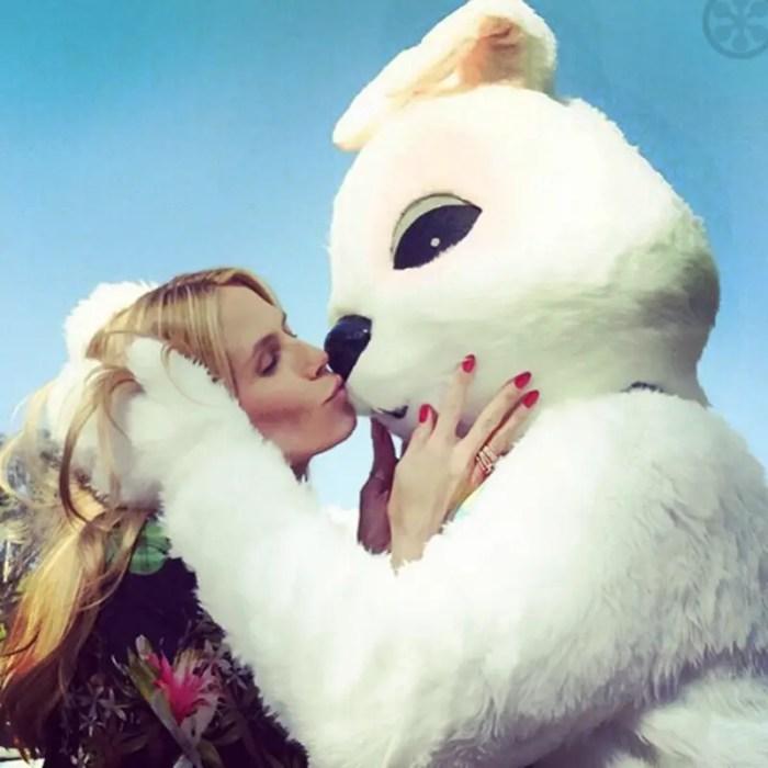Heidi Klum kissing an Easter Bunny