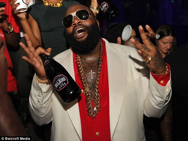 Rick ross dj khaled and steve aoki belaire bottles for Where can i buy belaire rose champagne