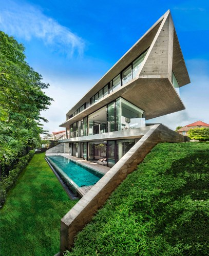 Read more about the article The Stark House in Singapore by Park & Associates
