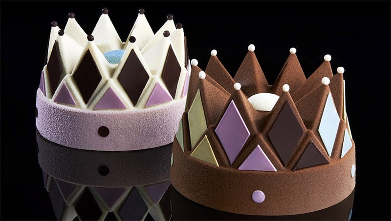 crown cakes