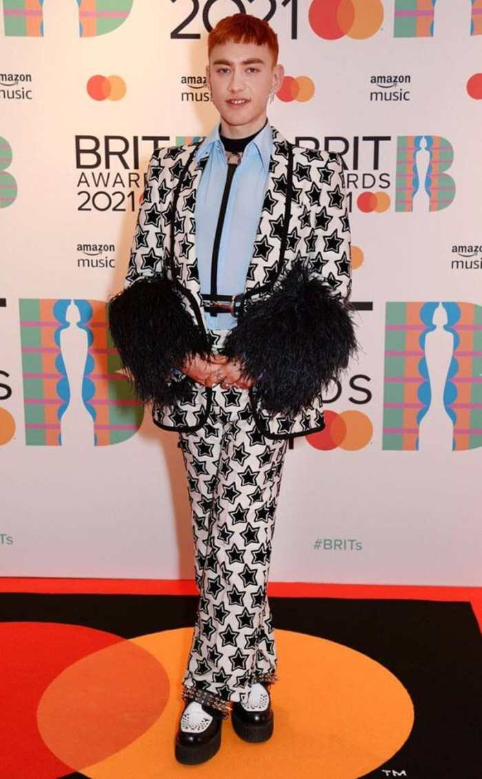 Olly Alexander in gucci 2021 brit awards