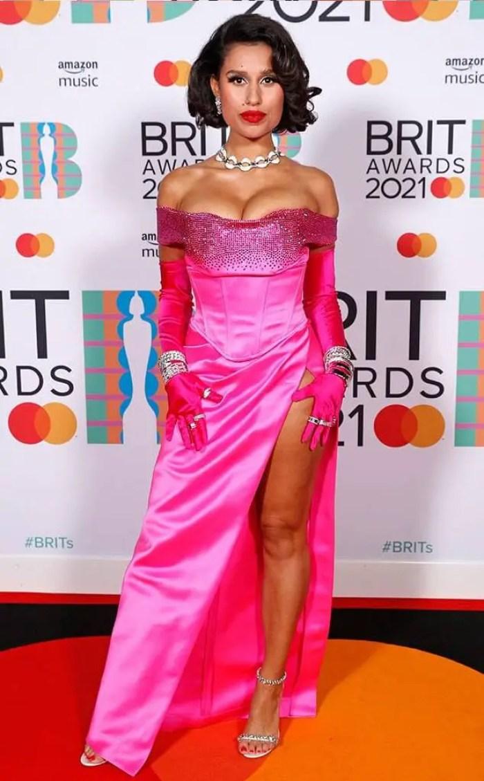 Raye in Etro 2021 brit awards red carpet