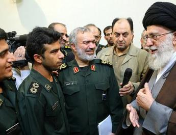Ifmat - Iran gaves medals for capturing US soldires
