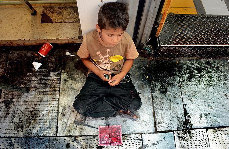 ifmat - Arrest of working children in Iran2