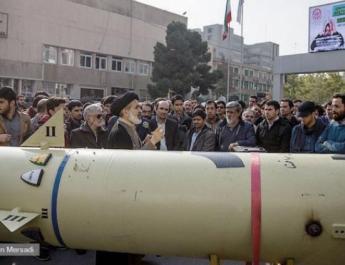 ifmat - Iran displays Zolfaghar missile