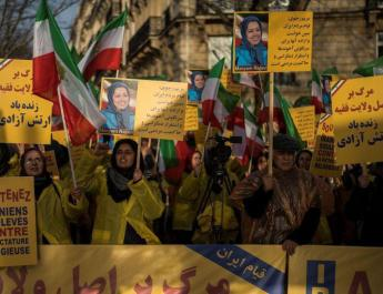 ifmat - Iran forces social apps to submit or face a total ban