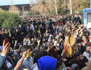 ifmat - The protests show that Iran regime is weak